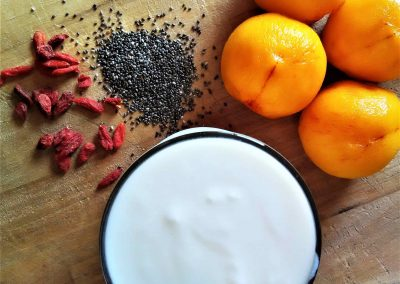 Peach, goji and chia yogurt