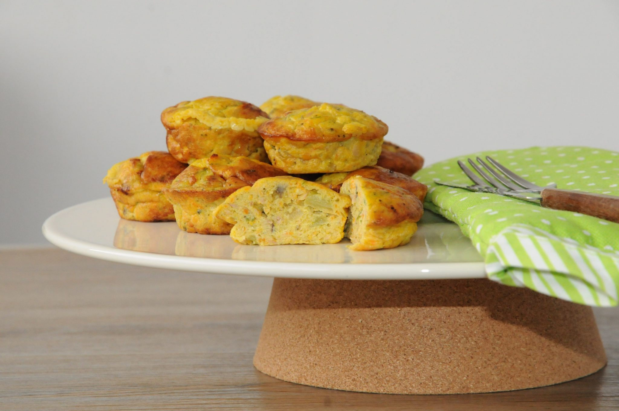 Salmon and vegetables yogurt muffins